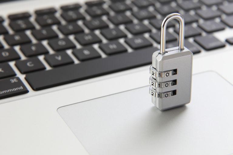 頂いた個人情報、企業情報は安全に扱います。